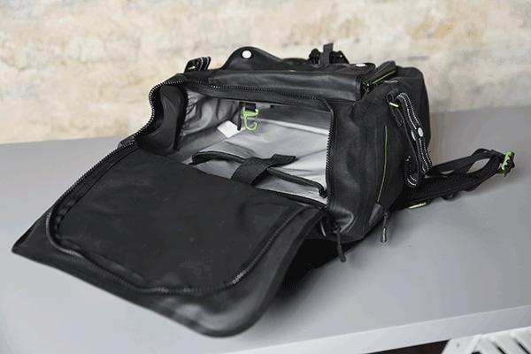 Shower pass Transit backpack waterproof area