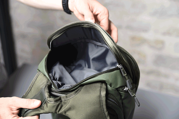 The Traveler Upper pocket