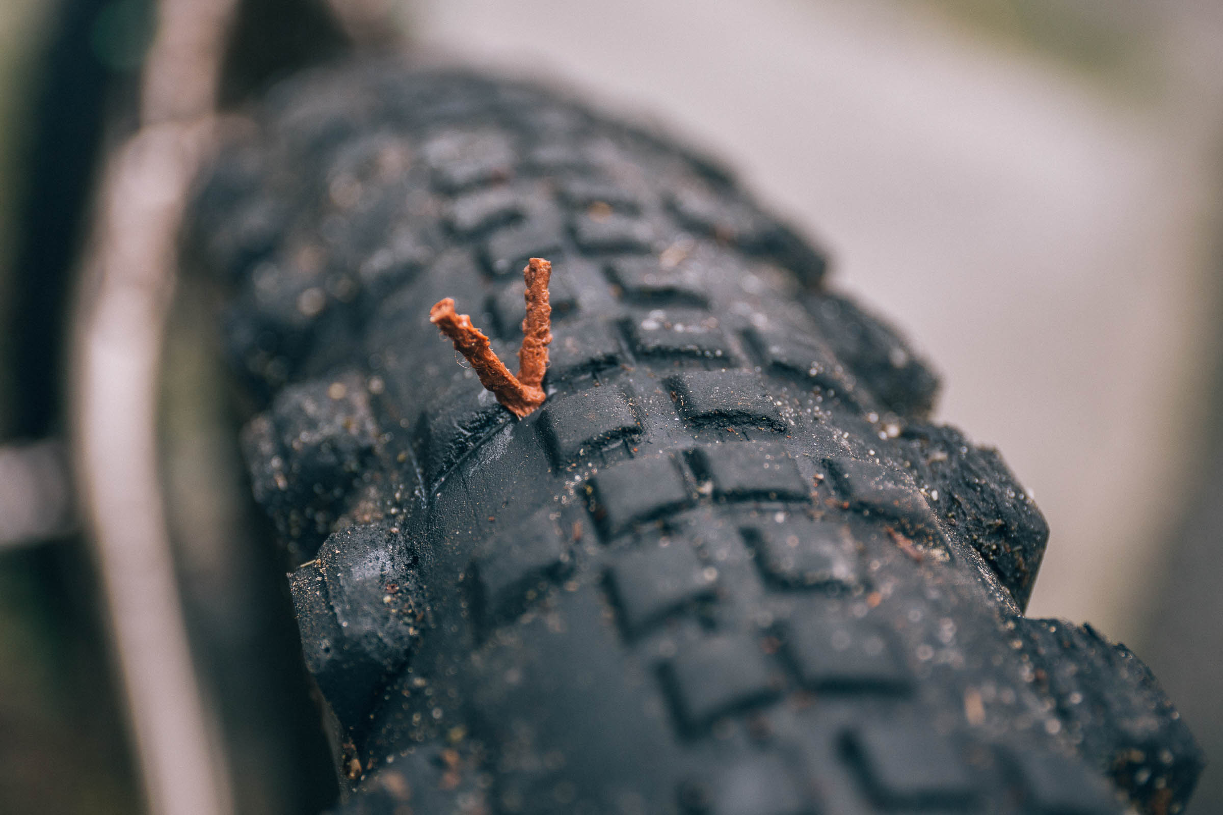 Tubeless tire puncture